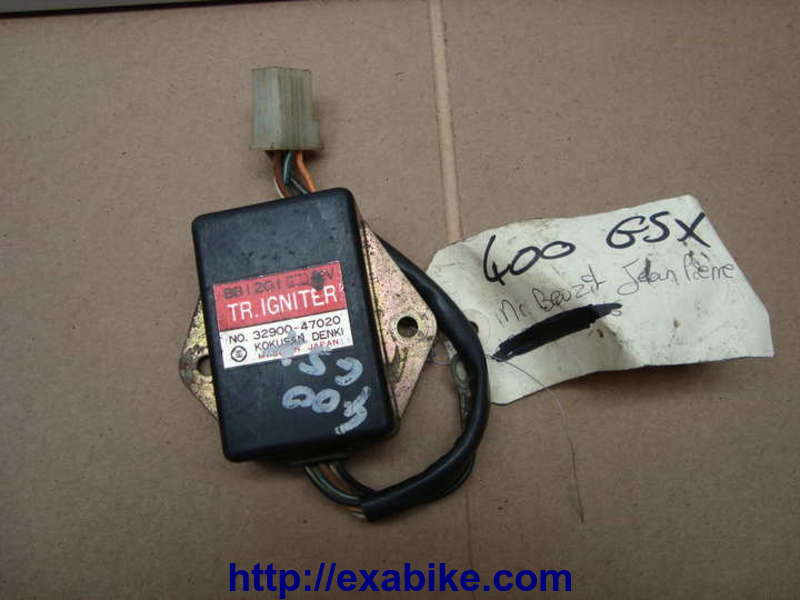 Suzuki GSX 400S. C'est quoi le câblage du boitier CDI? IMG_50545